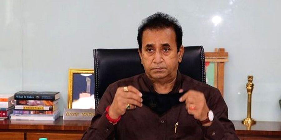 ED raids Maha's ex-home minister Anil Deshmukh's residence - Anil Deshmuk and Deshmukh