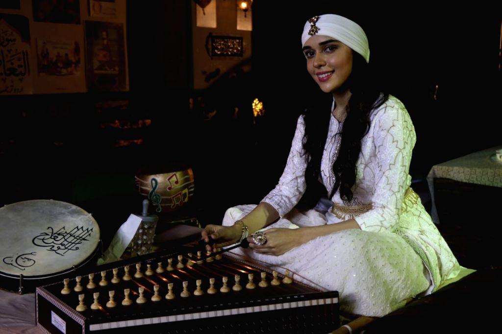 Eisha Singh gets new look as she returns to 'Ishq Subhan Allah'. - Eisha Singh