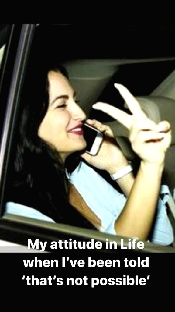 Elli AvrRam's life in Instagram pictures!.