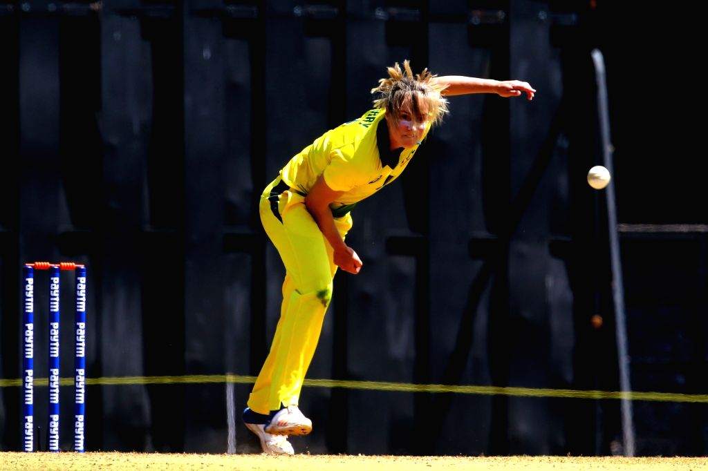 Ellyse Perry of Australia in action during the women's tri-series T20I match between India and Australia at the Brabourne Stadium in Mumbai on March 22, 2018.