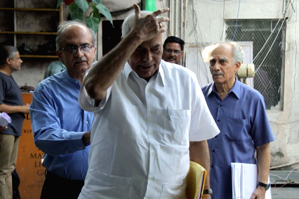 Eminent lawyer Prashant Bhushan, economist and journalist Arun Shourie and former BJP leader Yashwant Sinha during a press conference in New Delhi on Sept 11, 2018. - Yashwant Sinha