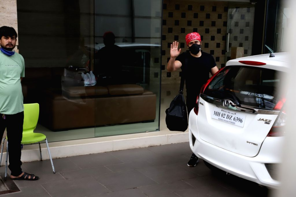 Emraan Hashmi spotted at Gym in Bandra On Monday, 07 June, 2021.