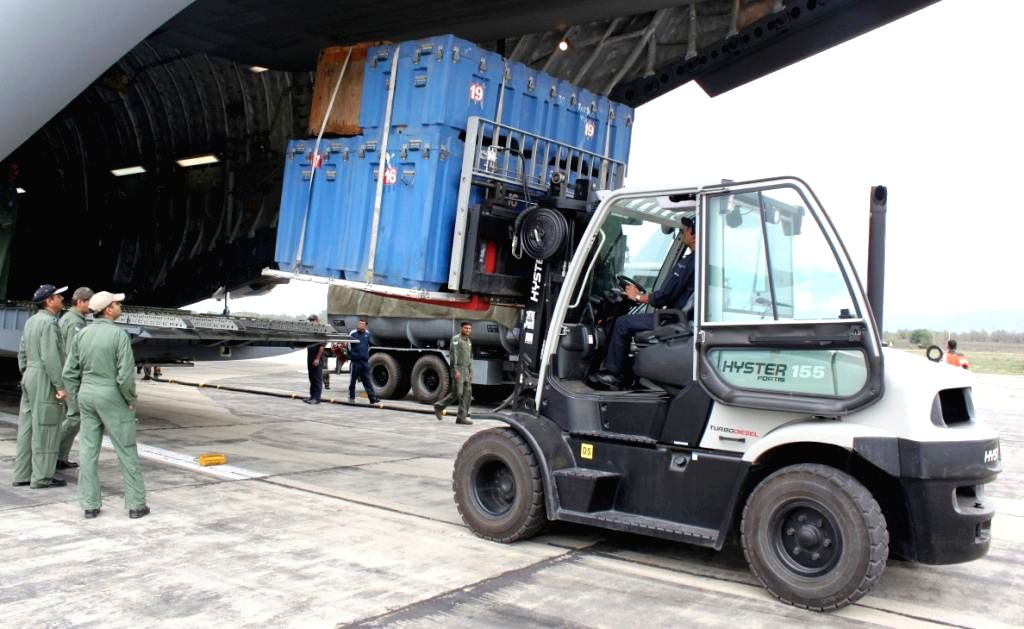 Equipments of Rapid Action Medical Team (RAMT) being unloaded from IAF C-17 Globemaster III at Awantipur Air Base during the flood relief operation being carried out in Jammu and Kashmir, on ...