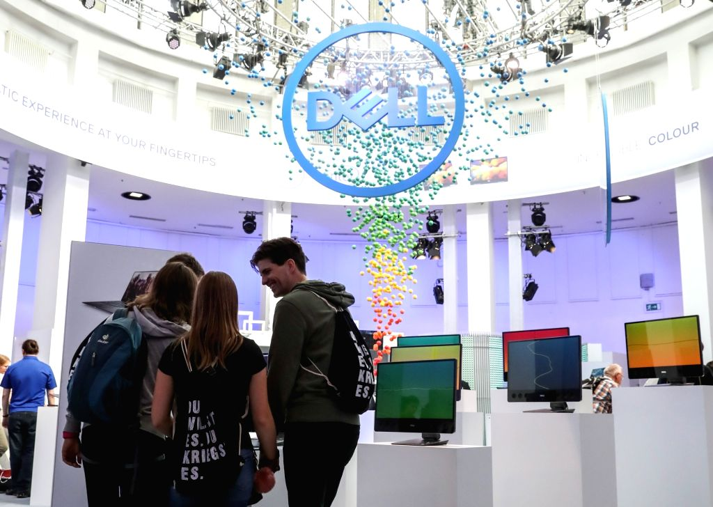 ERLIN, Sept. 5, 2018 - Visitors experience exhibits at the booth of Dell during the 2018 IFA consumer electronics fair in Berlin, capital of Germany, on Sept. 5, 2018. The IFA 2018, which attracted ...