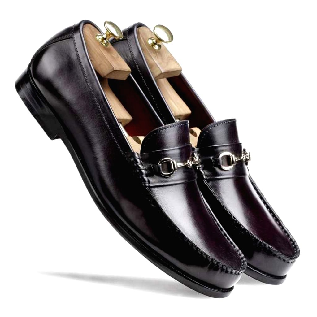 Escaro Royal The Carlos Horsebit Loafer in Wine for Men