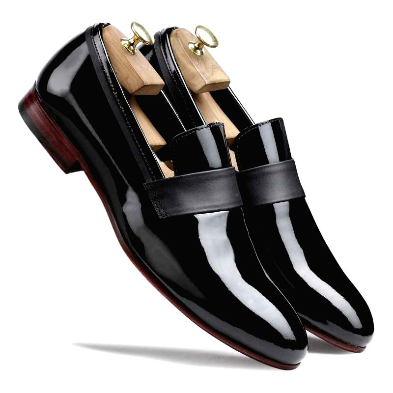 Escaro Royal The Hugo Slip-Ons in Black for Men