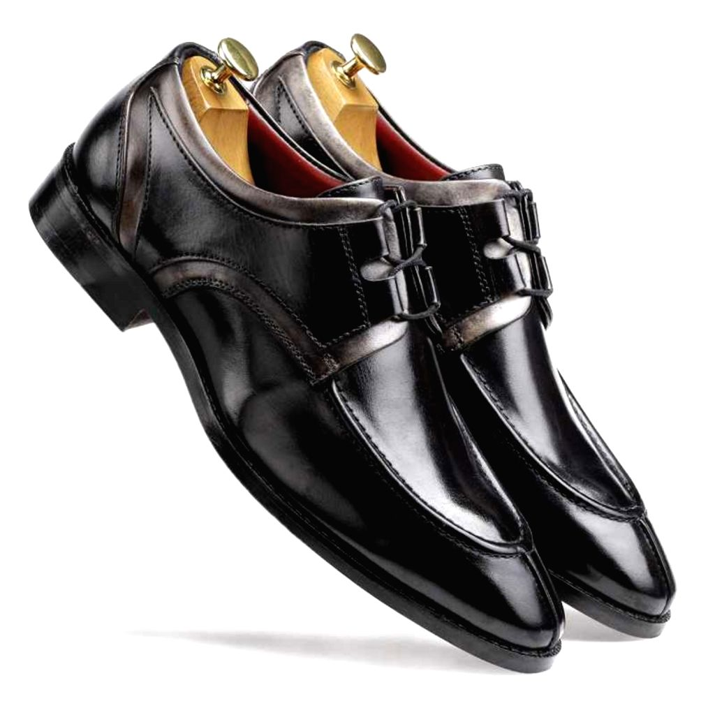 Escaro Royal The Valentino Derby in Black-Gray for Men