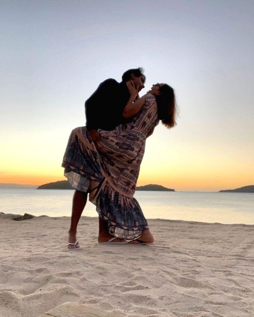 Evelyn Sharma posts pics from honeymoon - Evelyn Sharma
