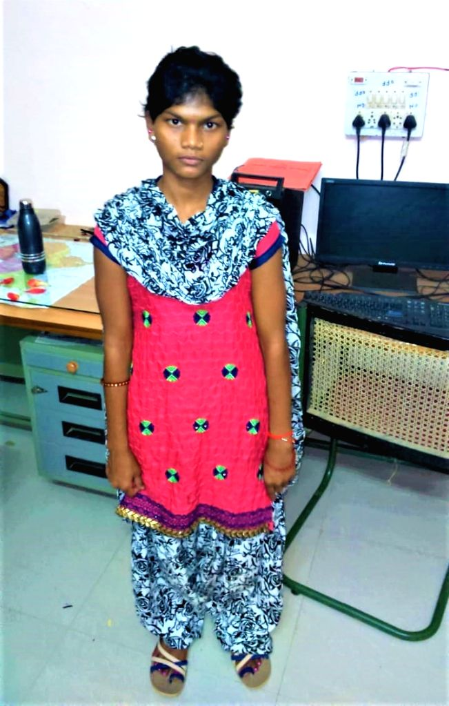 Ex-Maoist teenaged girl, who hunted cops - now aspires to be one!.