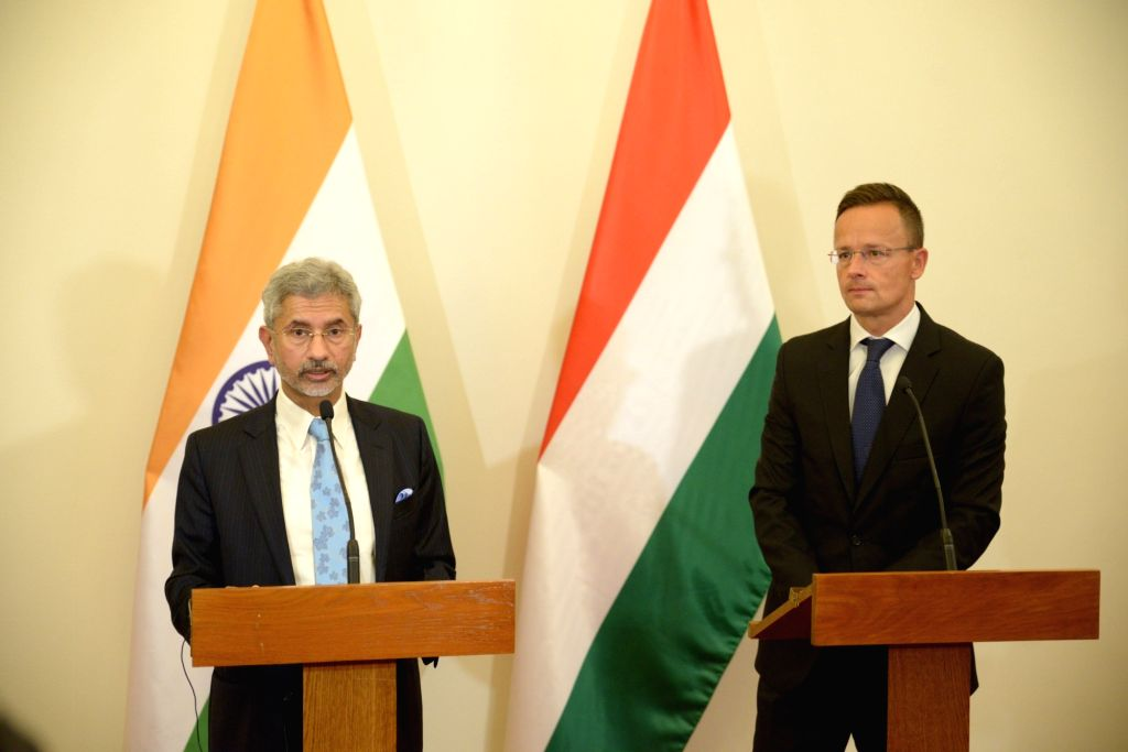 External Affairs Minister S. Jaishankar and Hungarian Foreign Minister Peter  Szijjarto at the Joint Press Statement, in Budapest on Aug 26, 2019. - S. Jaishankar