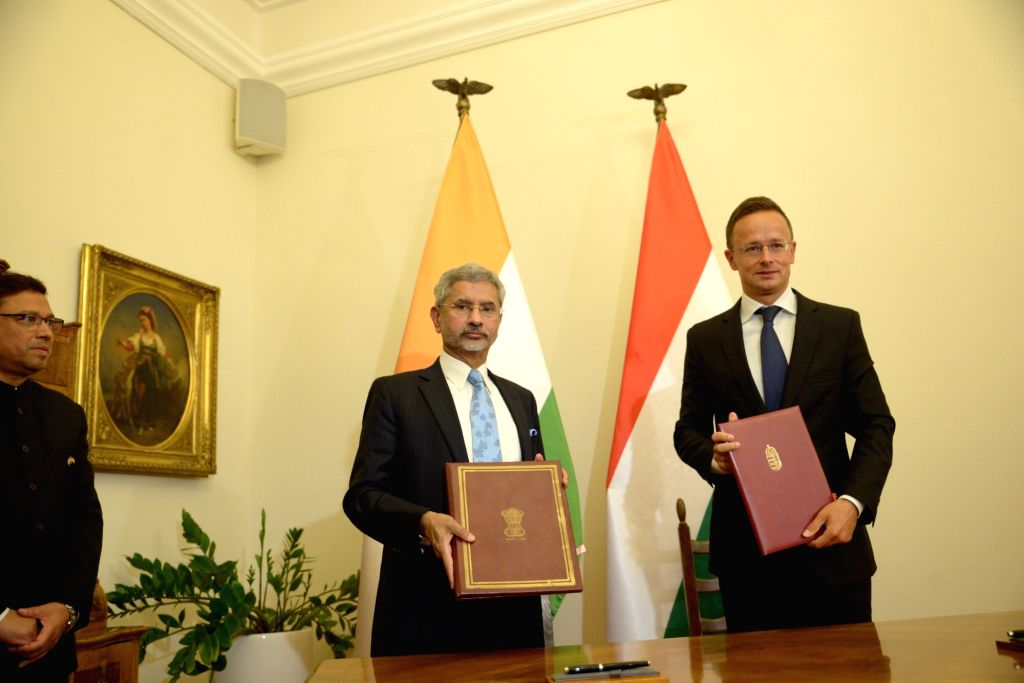 External Affairs Minister S. Jaishankar and Hungarian Foreign Minister Peter  Szijjarto at the signing of Cultural Exchange Programme between India and Hungary, in Budapest on Aug 26, 2019. - S. Jaishankar