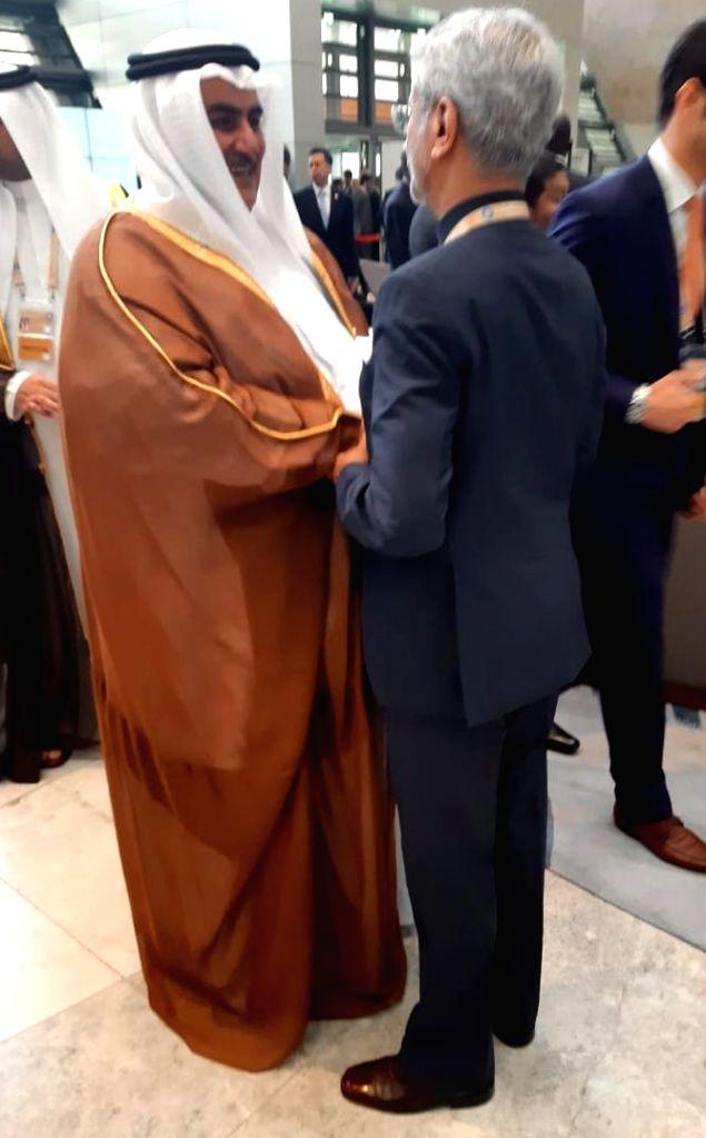 External Affairs Minister S. Jaishankar meets Bahrain's Foreign Minister Khalid bin Ahmed Al Khalifa in Baku, Azerbaijan on Oct 26, 2019. - S. Jaishankar