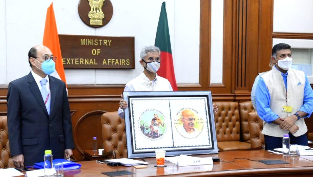 External Affairs Minister S. Jaishankar releases commemorative stamp to mark the 150th birth anniversary of Mahatma Gandhi, in New Delhi on Sep 29, 2020. - S. Jaishankar