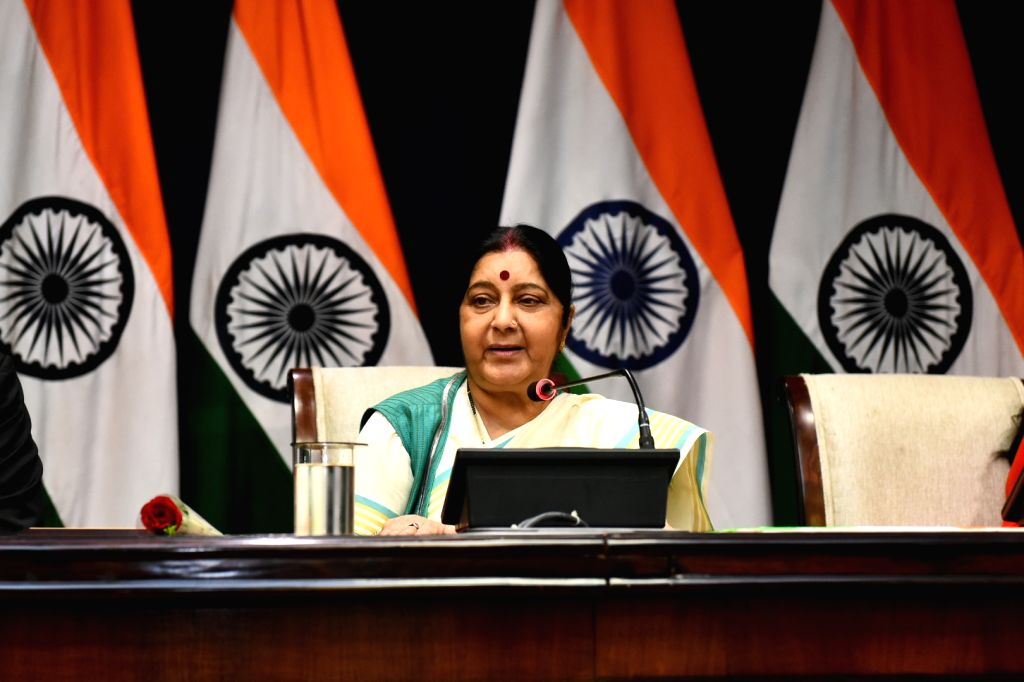 """External Affairs Minister Sushma Swaraj addresses during the flagging off ceremony of the """"Mothers on Wheels'' car rally at Jawaharlal Nehru Bhawan (JNB), in New Delhi on Sept 10, ... - Sushma Swaraj"""