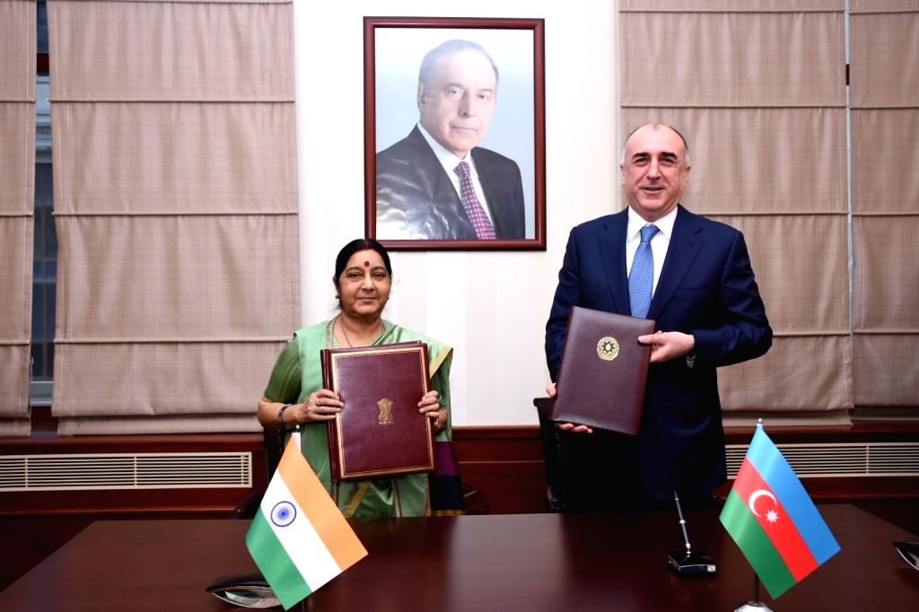 External Affairs Minister Sushma Swaraj and Azerbaijan's Foreign Affairs Minister Elmar Mammadyarov during exchange of agreements in Baku on April 4, 2018. - Sushma Swaraj