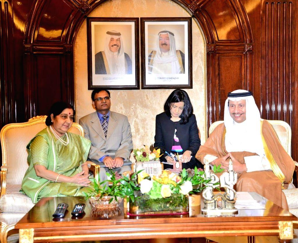 External Affairs Minister Sushma Swaraj calls on Kuwaiti Prime Minister Jaber Al-Mubarak Al-Hamad Al-Sabah, in Kuwait on Oct 31, 2018. - Sushma Swaraj