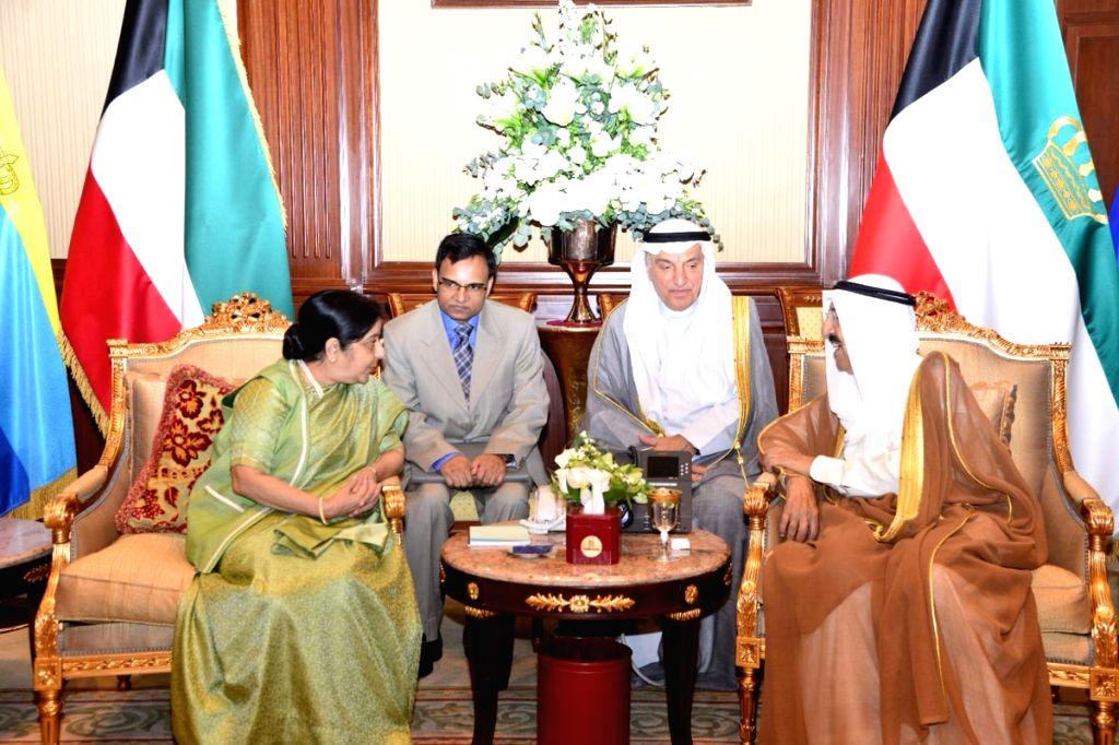 External Affairs Minister Sushma Swaraj calls on the Emir of Kuwait, Sheikh Sabah Al-Ahmad Al-Jaber al-Sabah, on Oct 31, 2018. - Sushma Swaraj