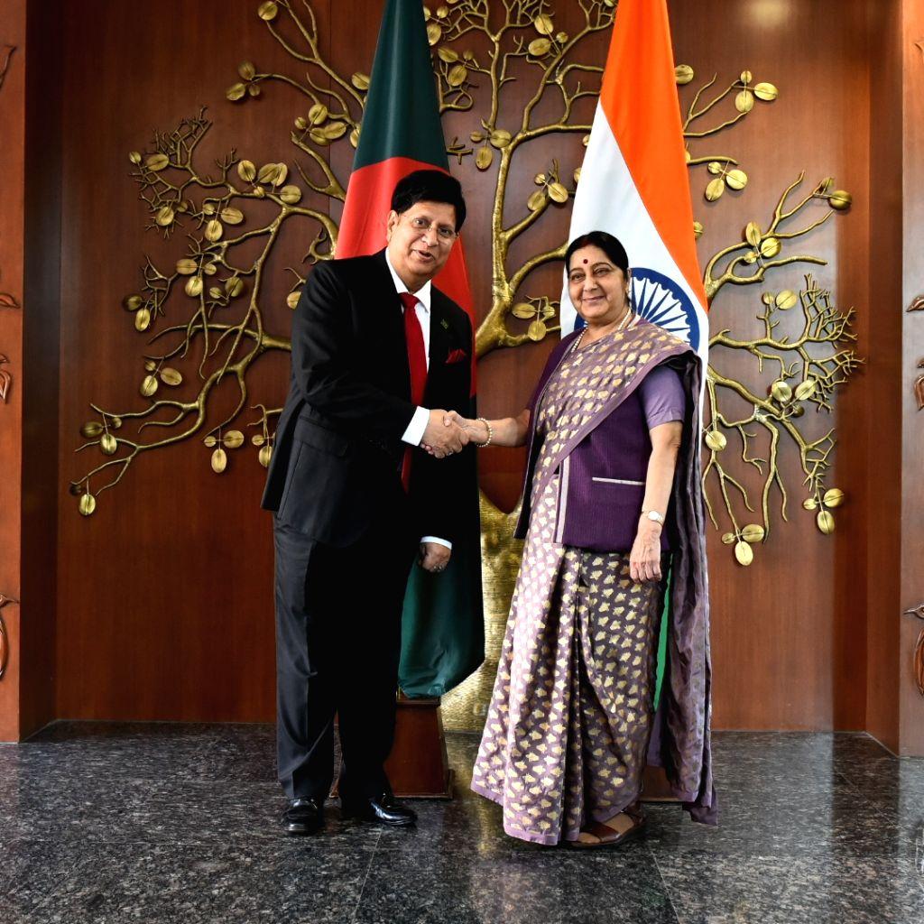 External Affairs Minister Sushma Swaraj meets Bangladesh Foreign Affairs Minister A.K. Abdul Momen in New Delhi, on Feb 8, 2019. - Sushma Swaraj