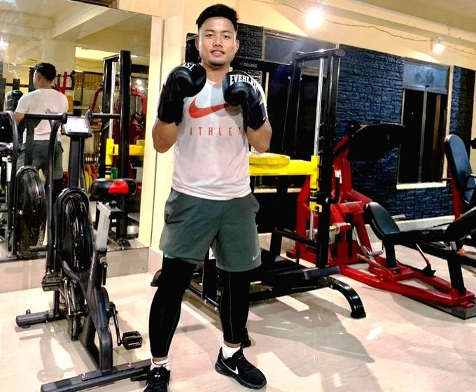 Eye of Blue Tiger: Jeje turns to boxing for strength training.