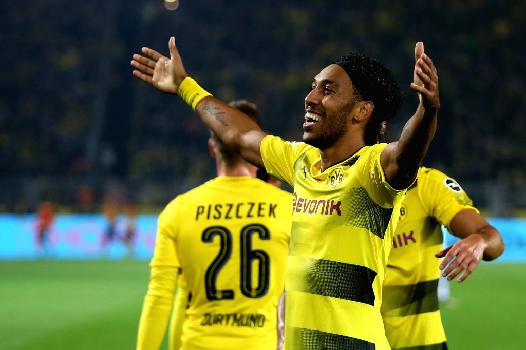 FA Cup: Aubameyang double helps Arsenal to 14th title