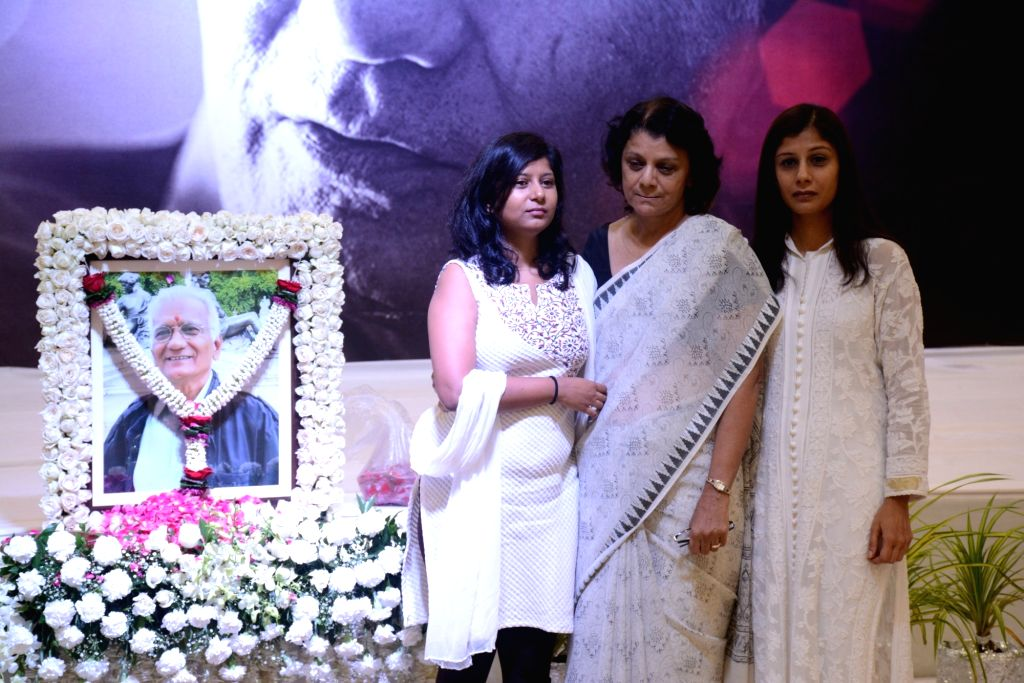 Family and Friends attend late Director Kundan Shah's prayer meet in Mumbai on Oct 10, 2017. - Kundan Shah
