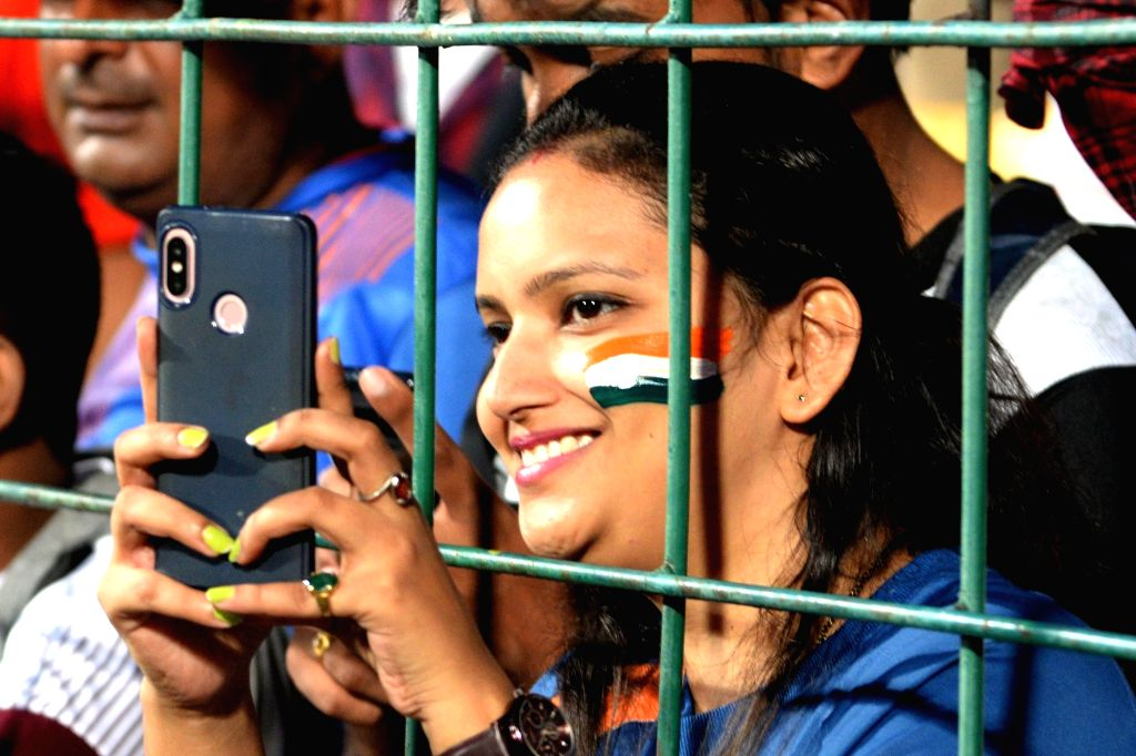 Fans cheer ahead of the 3rd T20I match between India and South Africa at M. Chinnaswamy Stadium in Bengaluru on Sep 22, 2019.