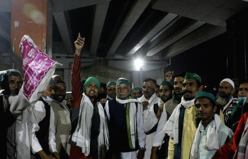 Farmers from Uttar Pradesh have reached the Delhi-UP border at Ghazipur in East Delhi to protest against the Central Government's new Farm Laws, on Nov 28, 2020.