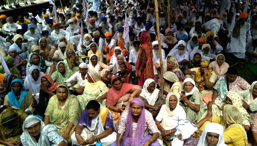 Farmers stage a demonstration to press for their various demands outside Punjab State Power Corporation office in Amritsar on Aug 3, 2017.