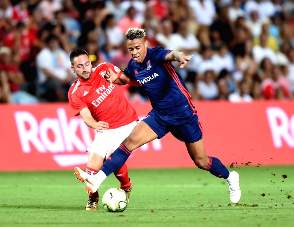 FARO, Aug. 2, 2018 - Mariano Diaz (R) of Olympique Lyonnais vies with Andrjia Zivkovic of SL Benfica during the International Champions Cup match in Faro, Portugal, Aug. 1, 2018. Olympique Lyonnais ...