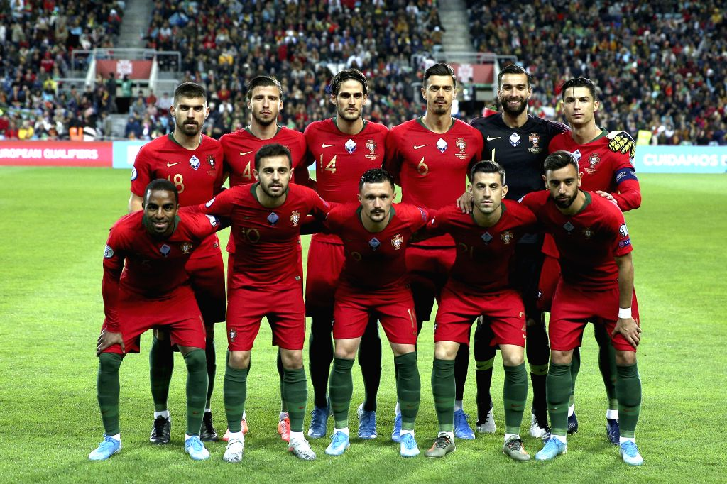 FARO, Nov. 15, 2019 - Players of Portugal pose for group photos before the group B match against Lithuania at the UEFA Euro 2020 qualifier at the Algarve stadium in Faro, Portugal, Nov. 14, 2019.