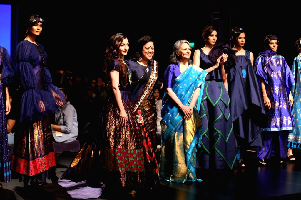 Fashion designer Sanjukta Dutta with mother-daughter duo Sharmila Tagore and Soha Ali Khan on the second day of Lotus Make-up India Fashion Week, in New Delhi on Oct 10, 2019. - Soha Ali Khan