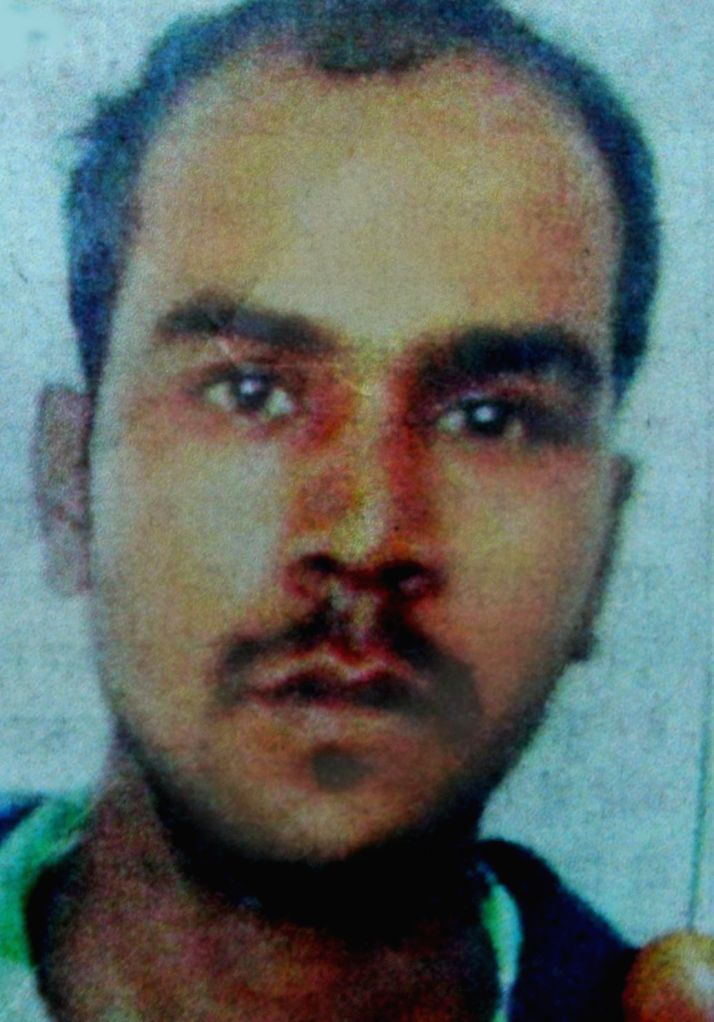 Father of one of the convicted murderer in the Nirbhaya gang rape and murder case has filed a complaint with the Delhi Police against the sole witness in the case. Hira Lal Gupta, father of convict ... - Hira Lal Gupta and Pawan Kumar Gupta