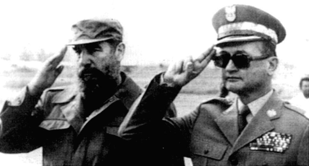 Fidel Castro with then Polish leader, Gen. Wojciech Jaruzelski