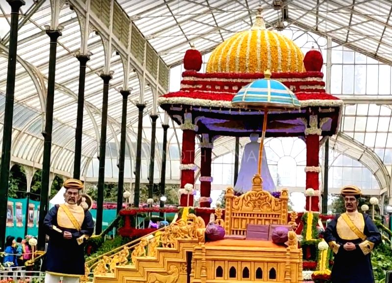 File pix to go with lalbagh story.