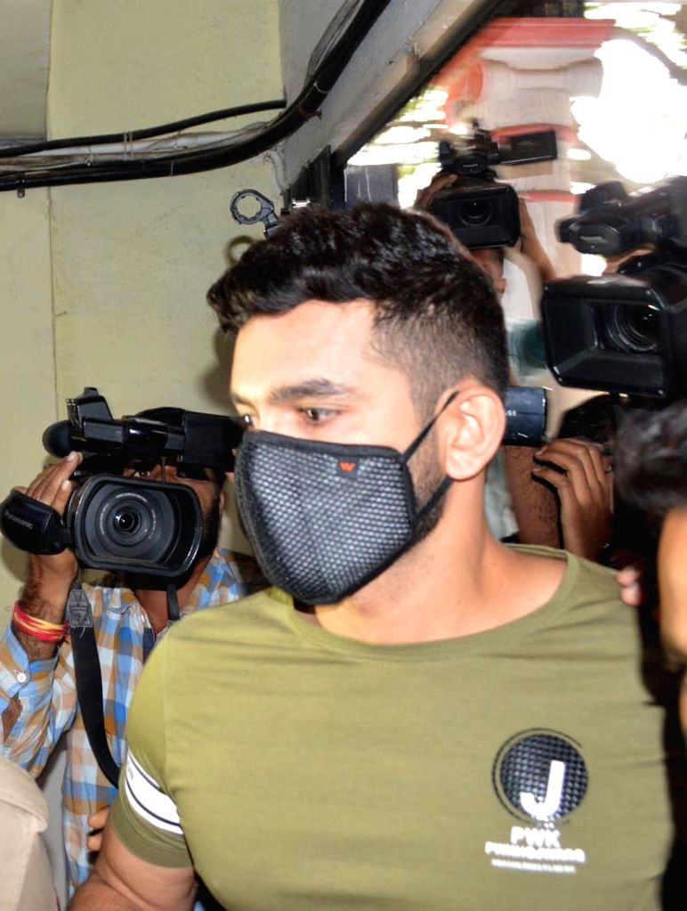 Film actor Diganth arrives to appear before the Central Crime Branch (CCB) of Bengaluru police after he was summoned in the drug scandal involving Sandalwood celebrities, in Bengaluru on ... - Diganth
