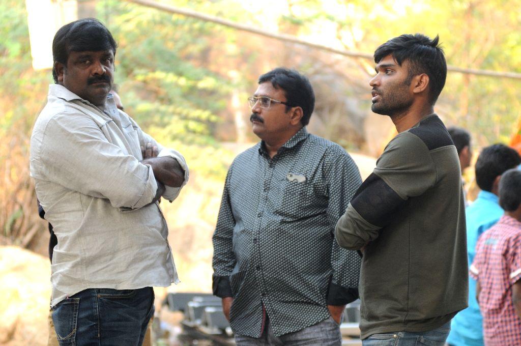 Film Rajdhooth - stills.