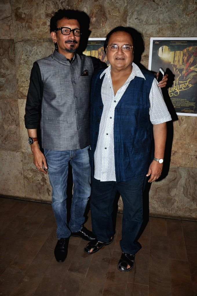 Filmmaker Abbas Syed actor Rakesh Bedi during the screening of Short film Makhmal in Mumbai on July 11, 2014. - Abbas Syed and Rakesh Bedi