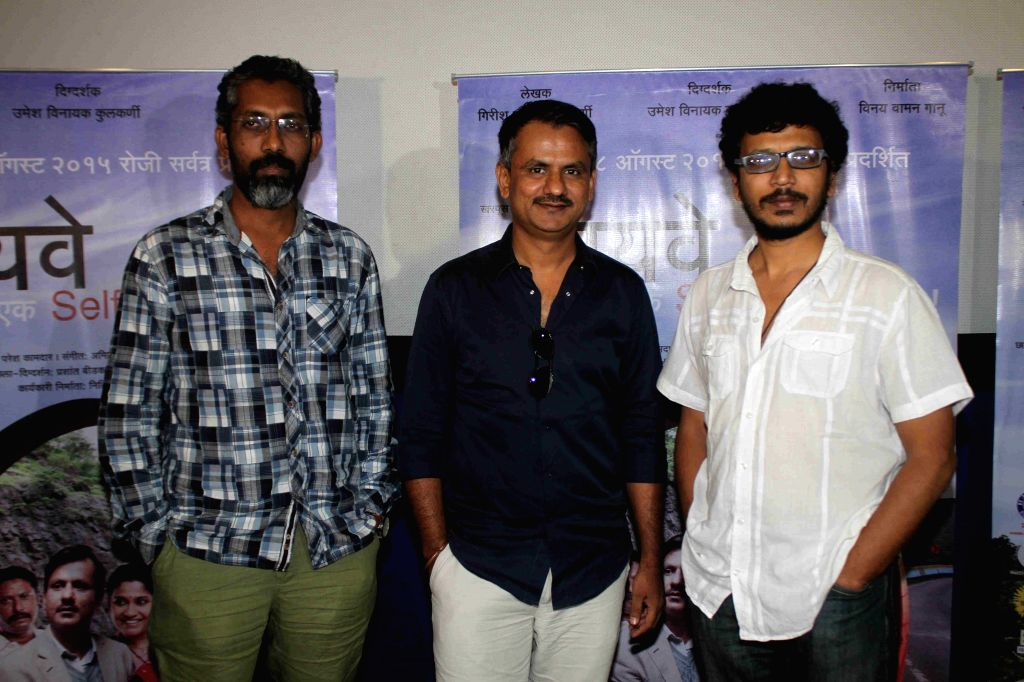 Filmmaker and screenwriter Nagraj Manjule, Girish Kulkarni and Umesh Kulkarni during the media interaction of Marathi film Highway, in Mumbai, on August 6, 2015. - Girish Kulkarni and Umesh Kulkarni