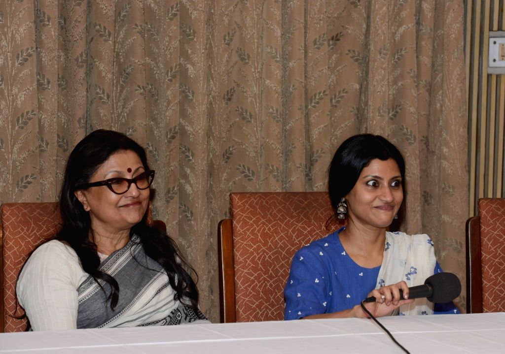 Filmmaker Aparna Sen with her daughter and actress Konkona Sen Sharma during a press conference in Kolkata, on May 28, 2017. - Aparna Sen and Konkona Sen Sharma