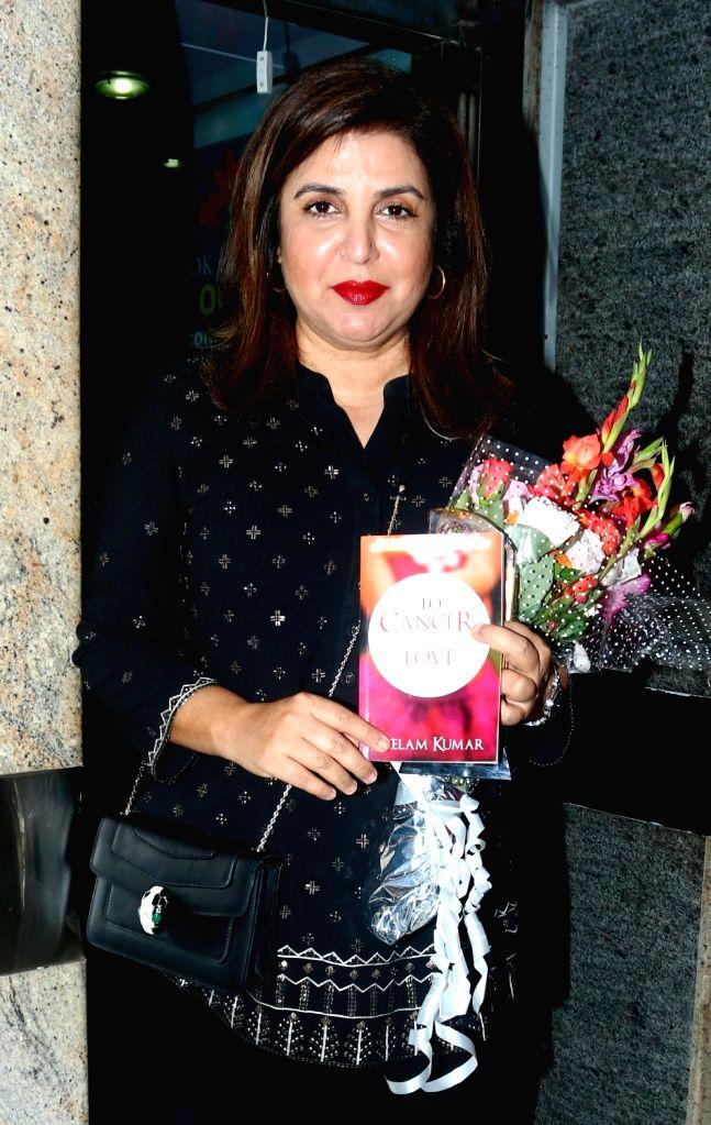 Filmmaker Farah Khan during the celebration of Jaslok Hospital & Research Centre's breast cancer survivors across the city on Oct 27, 2016. - Farah Khan