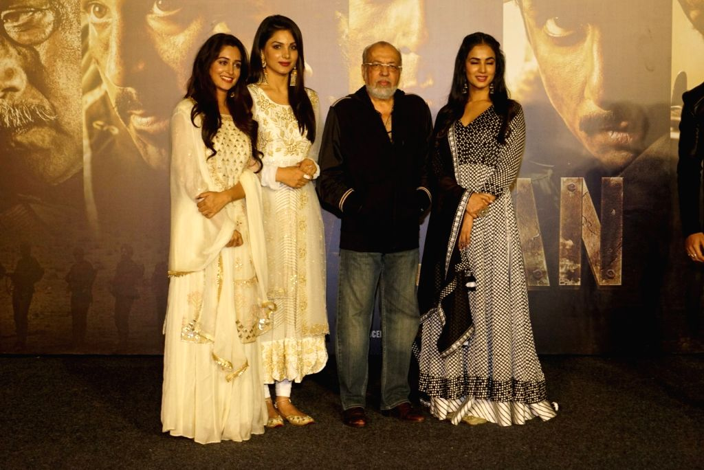 "Filmmaker JP Dutta with actors Ishitha Chauhan, Dipika Kakar and Sonal Chauhan at the trailer launch of upcoming film ""Paltan"", in Mumbai on Aug 2, 2018. - J, Ishitha Chauhan, Dipika Kakar and Sonal Chauhan"