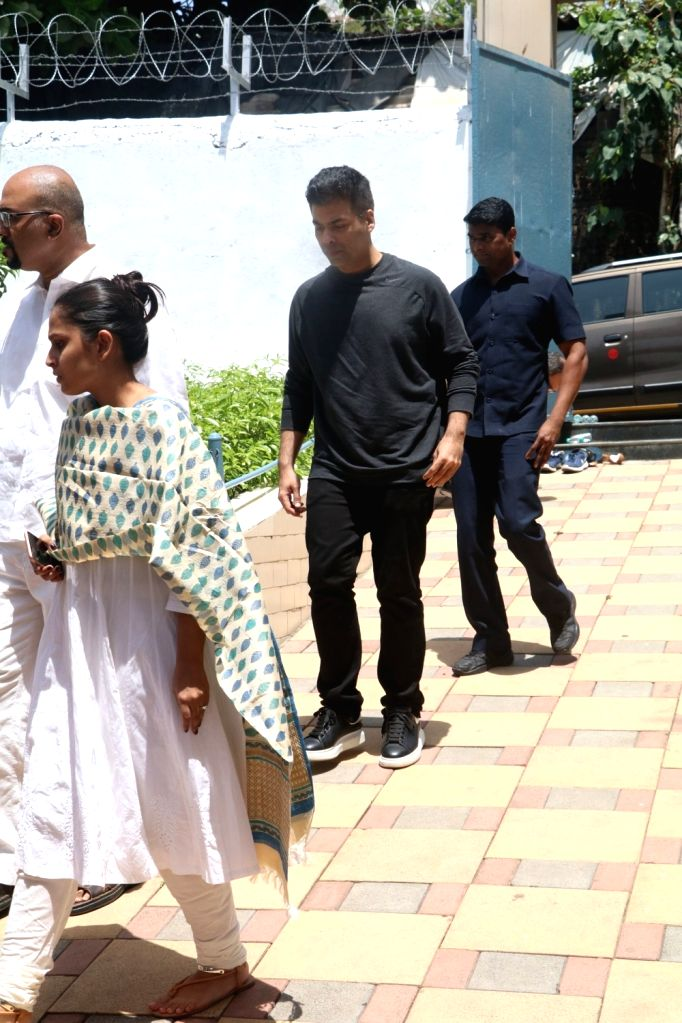 Filmmaker Karan Johar attend the funeral of filmmaker Nikkhil Advani's mother  in Mumbai on April 8, 2018. - Karan Johar and Nikkhil Advani