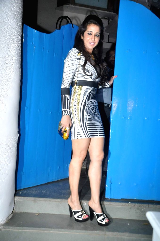 Filmmaker Krishika Lulla during the success party of film R....Rajkumar hosted by Shahid Kapoor in Mumbai on Friday, December 13th, 2013. - Krishika Lulla and Shahid Kapoor