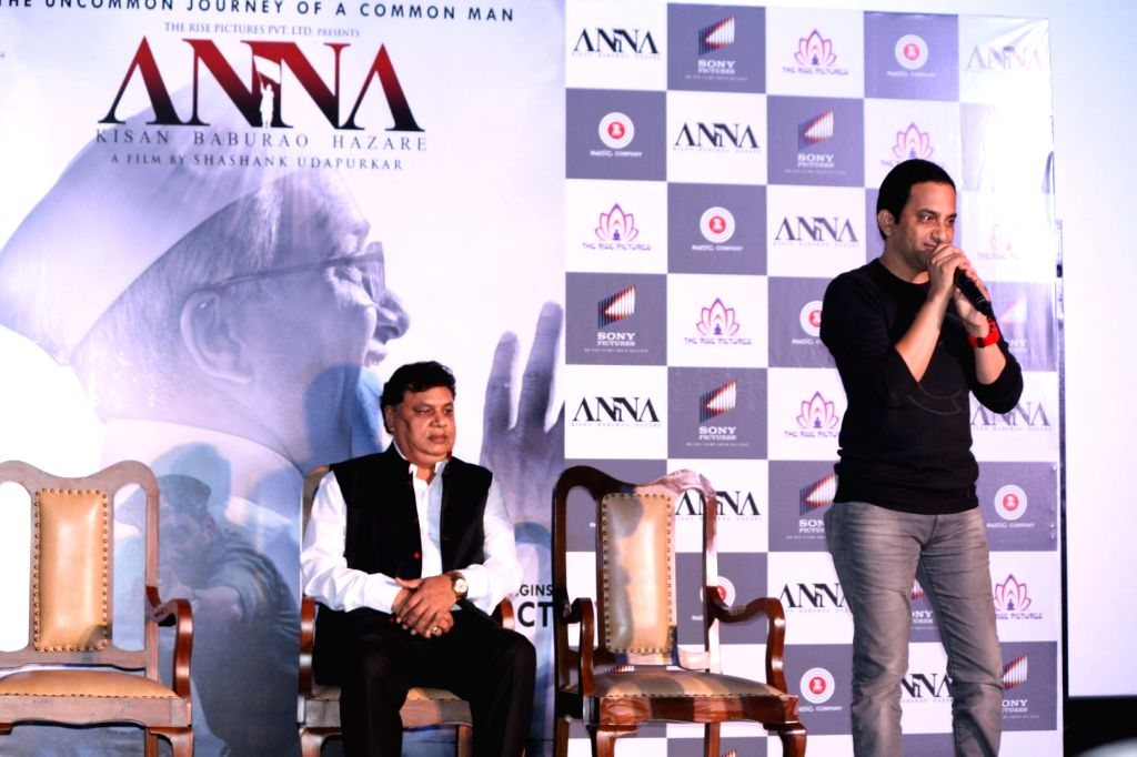 Filmmaker Manindra Jain and Actor Shashank Udapurkar during the trailer launch of film Anna: Kisan Baburao Hazare in Mumbai on Sept. 24, 2016. - Manindra Jain