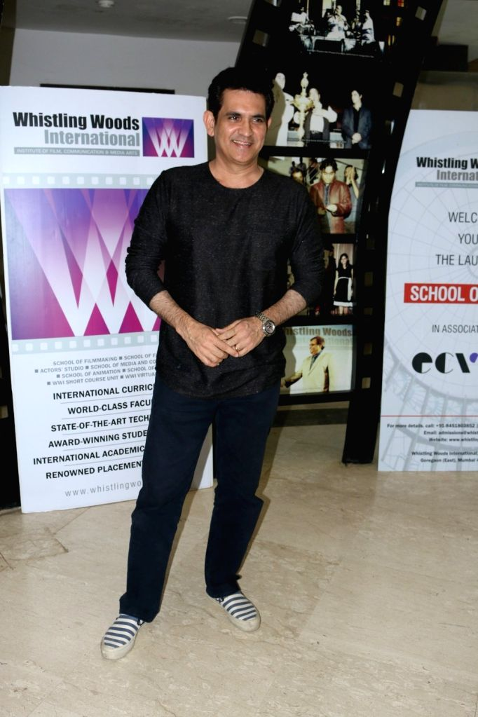 Filmmaker Omung Kumar, during the launch of School of Design in association with Ecole Communication Visuelle (ECV), in Mumbai on Nov 21, 2016. - Omung Kumar