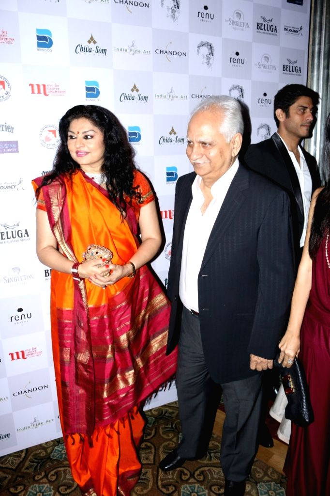 Filmmaker Ramesh Sippy with his wife Kiran Juneja during the MCan Foundation 4th annual charity gala and fundraiser `Cansurvive` to raise funds for underprivileged cancer patients at the Tata ... - Ramesh Sippy