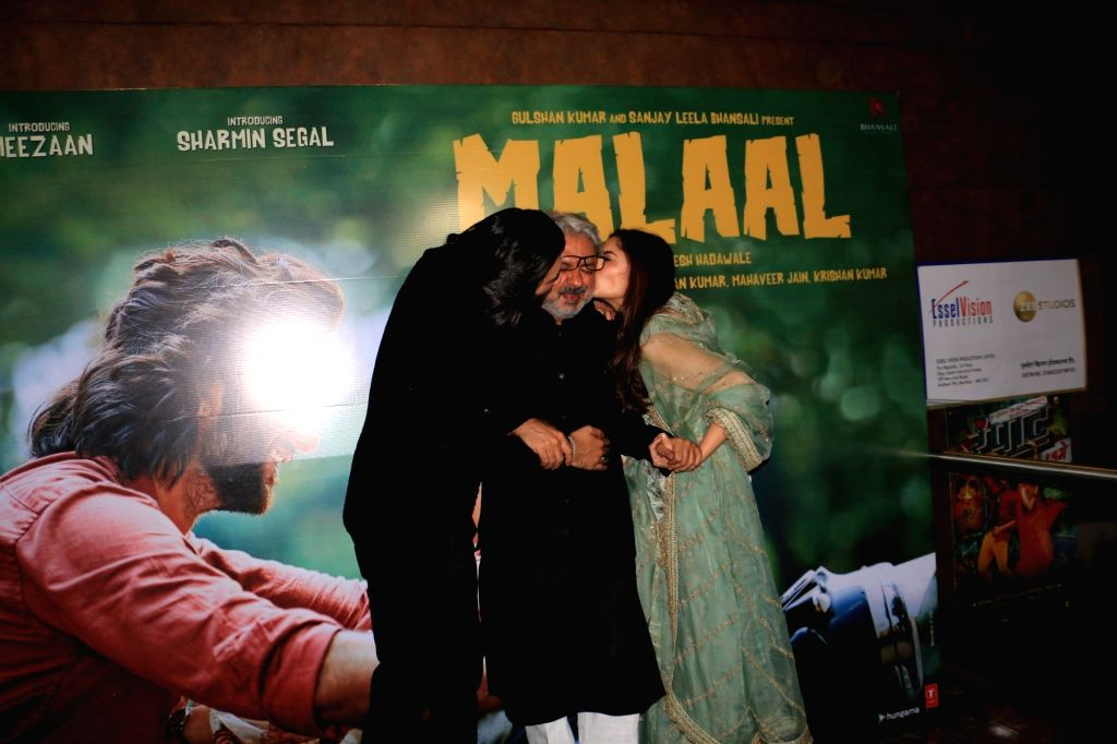 """Filmmaker Sanjay Leela Bhansali with his niece Sharmin Segal and Jaaved Jaaferi's son Meezaan at the trailer launch of their upcoming film """"Malaal"""" in Mumbai, on May 18, 2019. - Sanjay Leela Bhansali"""