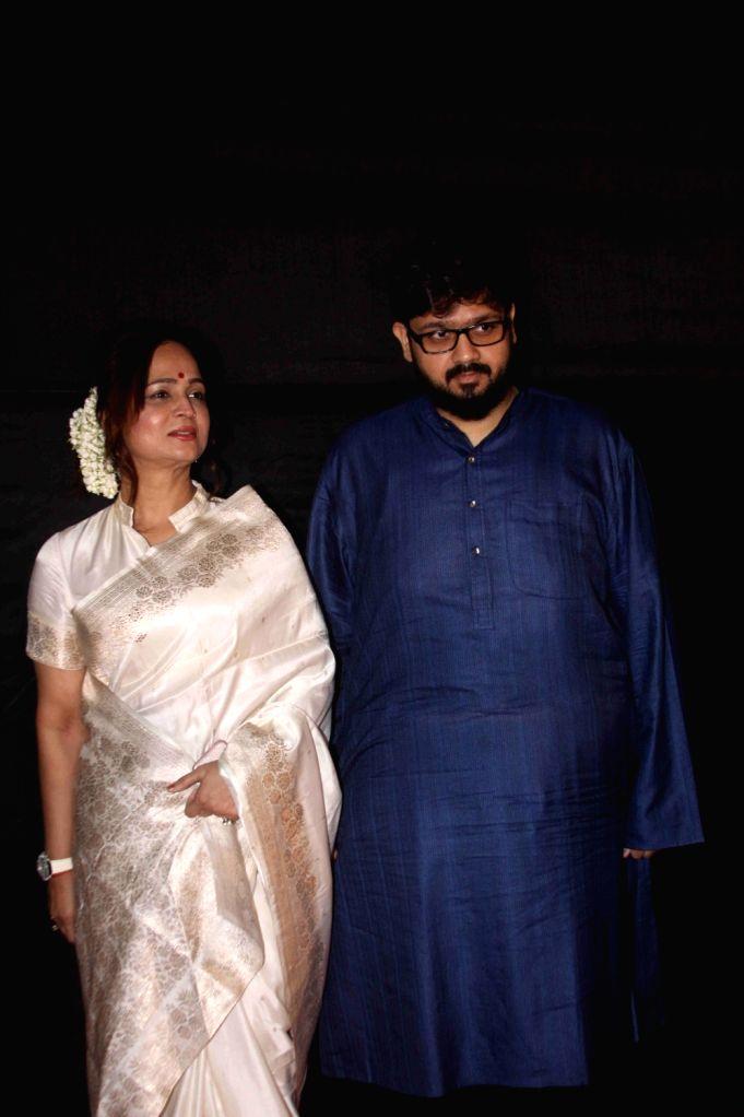Filmmaker Smita Thackeray along with son Rahul Thackeray during the Dada Saheb Film Foundation Awards 2017 in Mumbai on May 7, 2017. - Smita Thackeray