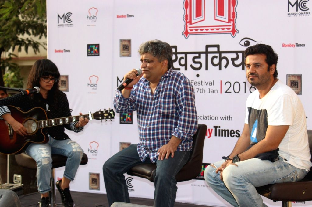 Filmmaker Vikas Bahl and lyricist Swanand Kirkire during the inauguration of `Khidkiyaan`- Theatre Festival 2016, in Mumbai on Jan 13, 2016. - Vikas Bahl