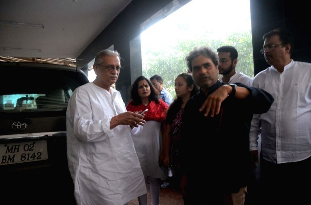 "Filmmaker Vishal Bharadwaj and Lyricist-writer Gulzar arrive at the music launch of upcoming animated film ""Motu Patlu- King of King"" in Mumbai on Oct 4, 2016. - Vishal Bharadwaj"